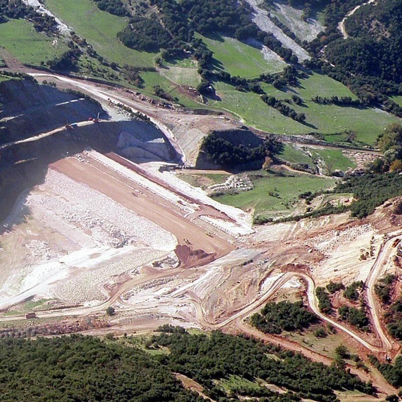 Axiron Dam